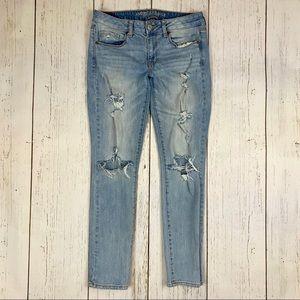 American Eagle Vintage Wash Distressed Skinny Jean